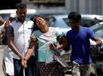 스리랑카 테러용의자 24명 체포…사망자 늘어 290명