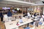6개층 700개 책상…원하는 자리 앉아 자유로운 업무