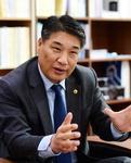 """""""지역 공기업 임원 보수 상한선, 방만운영 잡는 첫발"""""""