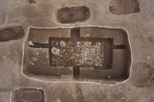 가야무덤 670기 쏟아진 창원서 거대한 부부묘 나왔다