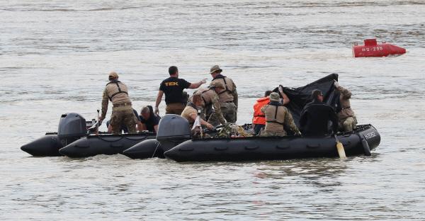 이틀간 다뉴브강서 시신 5구 수습…추가 수습 가능성