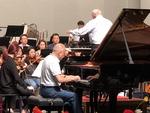 희수 넘어 귀향한 '동양의 모차르트'…피아니스트 한동일의 인생 연주