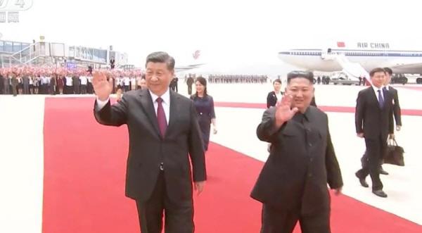 """시진핑 """"한반도 문제 정치적 해결은 대세…지속적 대화 필요"""""""