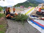 하동서 행글라이더끼리 충돌…1명 사망