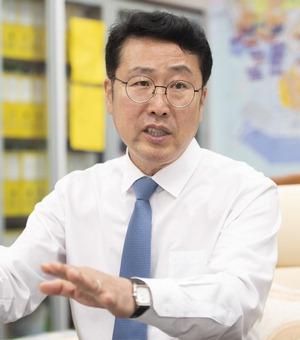 """박재범 남구청장 """"국내 최초 트램 유치 성과, 지역 화폐로 경제 살릴 것"""""""