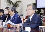 """문재인 대통령 """"한국 기업 피해 발생 땐 일본에 맞대응"""" 경고"""