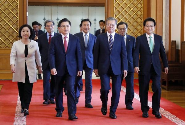 """""""일본 보복 대응"""" 비상협력기구 만든다"""