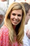 존슨 영국 총리 24세 연하 여자친구와 관저 입주