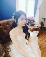 훈남 PD와 결혼하는 서유리, SNS에 웨딩드레스 입은 사진 올려