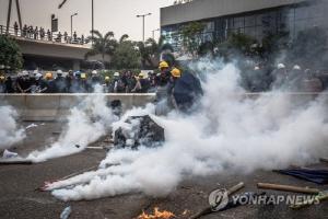"""""""홍콩 시위 근본 원인은 심각한 불평등…젊은이들 희망 포기"""""""
