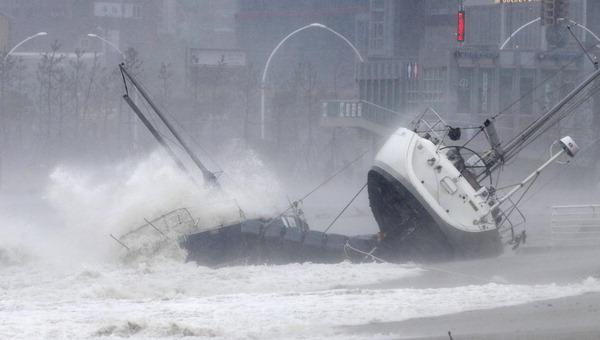 강풍·물폭탄…부울경 속수무책 당했다  태풍 '타파' 강타