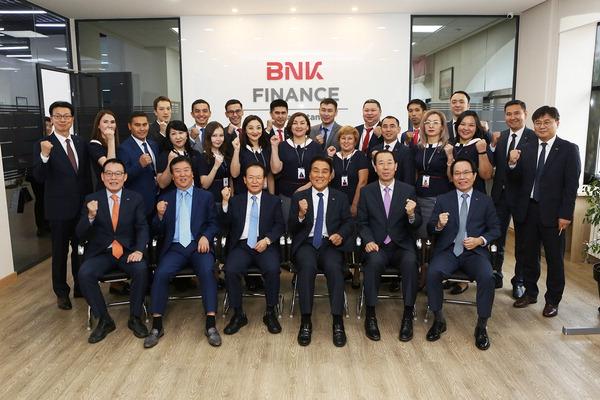 김지완 BNK 회장, 현지법인 찾아 세계경영 박차