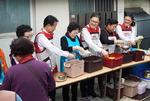 BNK금융그룹, '매축지마을 사랑의 국수 나눔' 행사 개최
