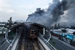 칠레 지하철 요금 인상에 뿔난 국민…정부 결국 백기