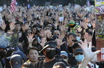 """홍콩 시위 6개월, 거리 메운 시민들 """"5대 요구 수용"""" 강력 주장"""