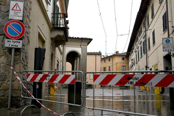 이탈리아 반나절 사이 90여차례 지진…공포 확산