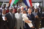 코트디부아르 찾은 마크롱, 프랑스 식민주의 중대과실 인정