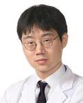 [진료실에서]  디스크와 다른 강직성 척추염, 류마티스내과서 '진단 난민' 탈출을