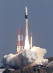 북한 미사일시설 등 감시, 일본 정찰위성 발사 성공