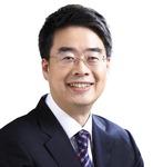 병원광고에 얼굴·이름 노출…정근 선거법 위반 논란