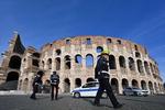 황량한 콜로세움·텅 빈 거리…여태껏 본 적 없는 로마의 일상
