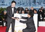 코로나19에 칸 영화제 사상 첫 연기…한국 영화계도 비상사태