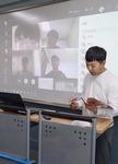 """""""However가 무슨 뜻이죠"""" 담임 교사 질문에 """"그러나요"""" 학생들이 노트북 스피커로 답했다"""