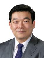 동아대 로스쿨 신충일 교수, '베트남국제상사조정센터(VICMC)' 조정인 선정