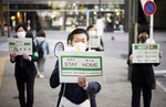 일본 코로나 확진·사망자 한국 추월…의료체계 붕괴 위기