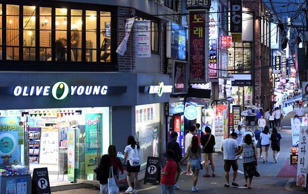 서면 젊음의거리·부산대사거리, 간판 빛공해 심각