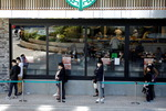 일본, 한국의 코로나 지원 내심 기대