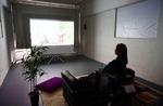온라인 예약·홀로 공간서 관람…코로나가 바꾼 문화예술