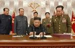 """김정은 22일 만에 다시 등장…미국 겨냥 """"핵전쟁 억제력 강화"""""""