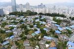 벽화 명소 돌산마을(부산 문현동 판자촌) 재개발에…둥지서 내몰린 원주민
