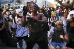 폭력 사라진 미국 흑인사망 시위…전역서 평화행진 이어져