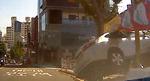 스쿨존 인도 덮친 승용차…길 가던 6살 여아 중상