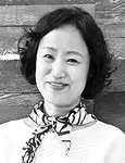 [감성터치] 허물어지는 집을 향한 묵념 /김나현