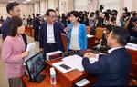 """민주당 '부동산·공수처' 속도전…통합당 """"장내·외 투쟁 병행"""""""
