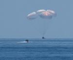 미 우주인 성공적 해상 귀환 … 첫 스페이스X 캡슐 사용한 우주왕복 완수
