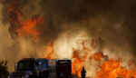 美 캘리포니아 남부 산불 나흘째...'폭염·돌풍에 확산 중'