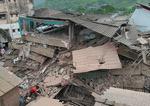 인도서 5층 건물 '폭삭'…1명 사망