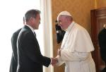 """프란치스코 교황 """"한국 정부, 북한과 평화 이루기 위한 끊임없는 노력 희망"""""""