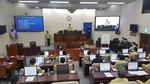 '파행' 양산시의회, 의장 불신임안 의결