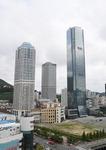 '국제금융거점 야심' BIFC, 꼭대기층에 외국기업 모신다
