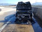 부산 강서구에서 견인되던 차량 화재로 전소