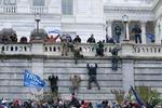 대선불복 시위대에 짓밟힌 미국 민주주의