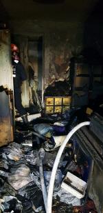부산 수영구 한 아파트서 새벽 화재로 주민 긴급 대피, 인명피해 없어