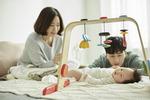 아빠 육아휴직 월 30만 원 지원…첫 출산 축하금 200만 원