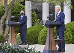 문 대통령, 바이든과 내달 하순 첫 만남…새 대북전략 촉각