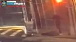 뉴욕서 아시아계 남성 무차별 폭행 … 쓰러진 뒤 머리 수차례 걷어차여